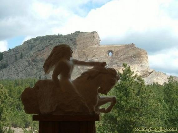 Crazy Horse - www.countrybagging.com