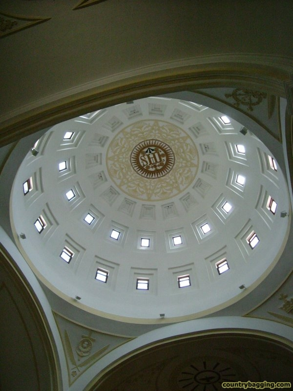 Chapel Dome - www.countrybagging.com
