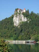 Castle above Lake Bled - www.countrybagging.com