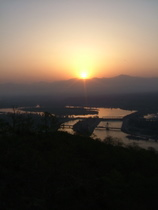Sunrise over the Ganges - www.countrybagging.com