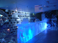 The Ice Bar, Stockholm - countrybagging.com